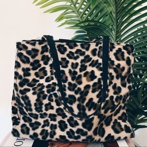 Vintage Leopard Fuzzy Tote Bag
